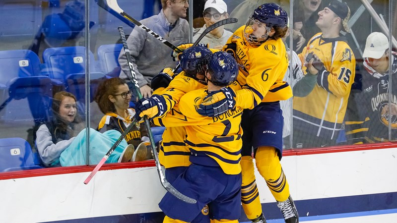 No. 8/10 Men's Ice Hockey Holds Off Maine in 4-3 Win